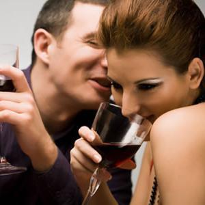 Чи варто погоджуватися на секс на першому побаченні?