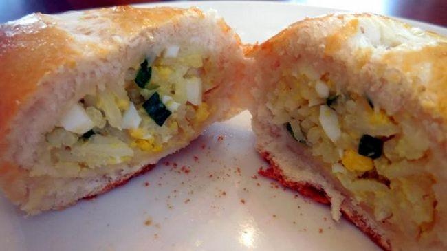 Татарські пироги з зеленою цибулею і яйцем