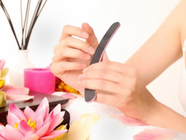 Уроки краси: як правильно робити манікюр в домашніх умовах