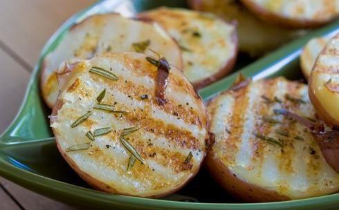 Смачні страви з молодої картоплі: просто і швидко