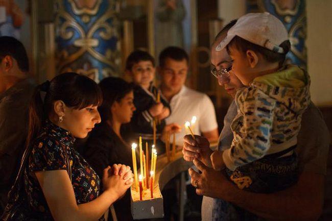 Як відзначають Великдень в росії
