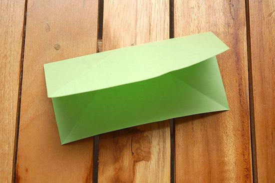 водяна бомбочка з паперу